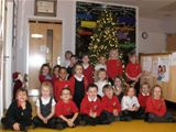 Dalry PS pupils with the Christmas Tree from CWL