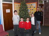 Christmas tree donated to West Kilbride Primary – 11th December 2015