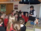 Dalry PS pupils visit Lime Tree Larder (2012)