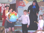 St. Palladius enjoy a performance from Hopscotch Theatre Group - May 2014